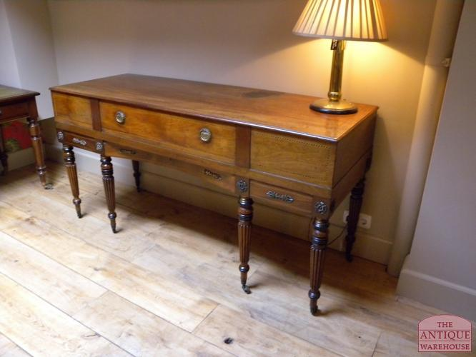 Sidetable Antiek Eiken.Antieke Side Table Antieke Meubels Antique Warehouse