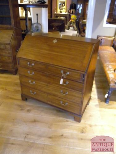 Bureau Kast Antiek.Antiek Secretaire Antieke Bureau Inrichting Antique Warehouse