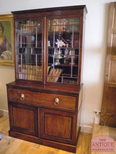 antieke bureau boekenkast verkocht
