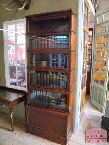 antieke mahonie boekenkast globe wernicke