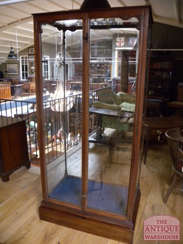Antieke Vitrinekast Mahonie.Antieke Mahonie Vitrinekast Verkocht Antique Warehouse