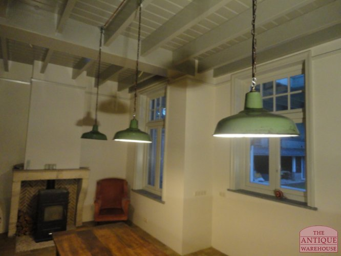 Geemailleerde industriele lamp verkocht antique warehouse - Industriele kantoorlamp ...