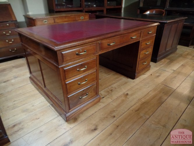 Klein Bureau Antiek.Antiek Bureau Antieke Bureau Inrichting Antique Warehouse