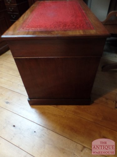 Antiek Bureau Klein.Antiek Klein Engels Bureau Verkocht Antique Warehouse