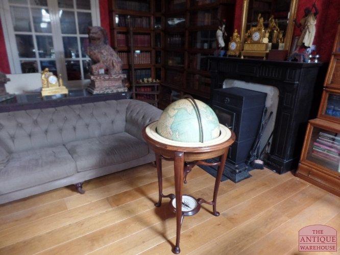 Antique Warehouse Antiek   Globe Wernicke   Zeist   Utrecht