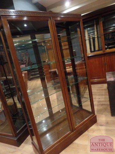 Antieke Vitrinekast Mahonie.Antieke Mahonie Engelse Vitrinekast Antique Warehouse