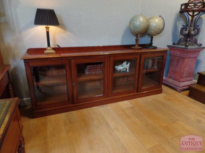 antieke mahoniehouten lage boekenkast