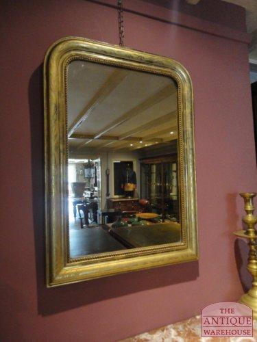 antieke spiegel met origineel blad goud