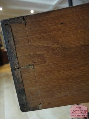 antiek hand gemaakt laatje