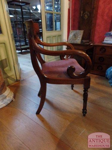 antieke Engelse bureaustoel