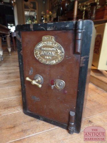 antieke Engelse kluis, Thomas Perry safe