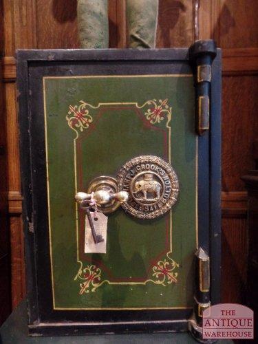 Antieke Engelse kluis