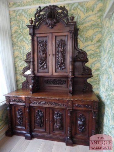 antieke schwarzwalder hunting cabinet