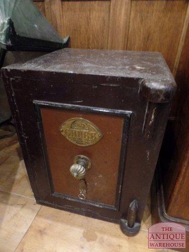 antieke Britse kluis, safe van de firma Chubb